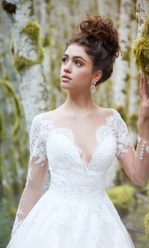 ALLURE BRIDALS www.allurebridals.com