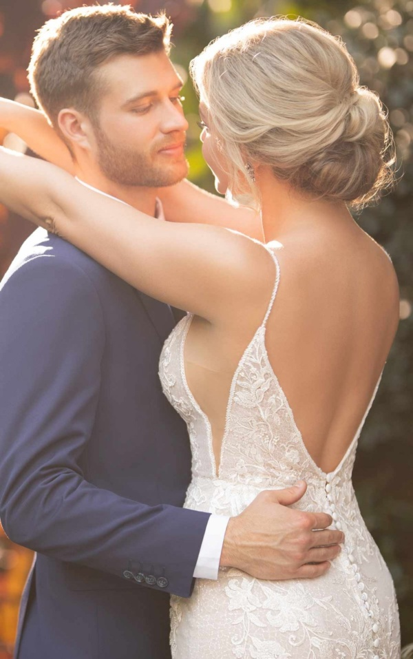 SPARKLING FIT-AND-FLARE WEDDING DRESS WITH SIDE CUTOUTS