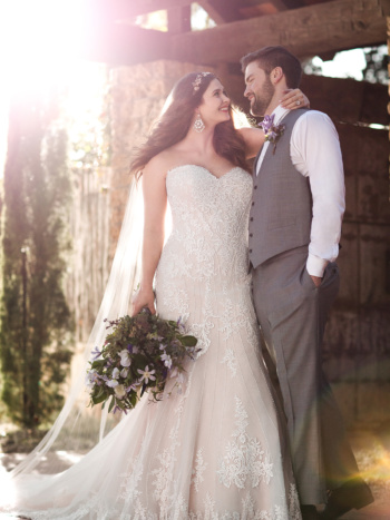 PLUS SIZE BEADED CURVE-HUGGING TRUMPET WEDDING DRESS