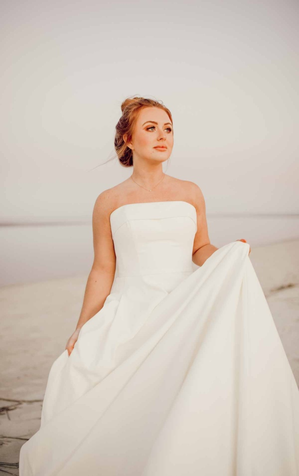 SIMPLE STRAPLESS WEDDING GOWN WITH POCKETS